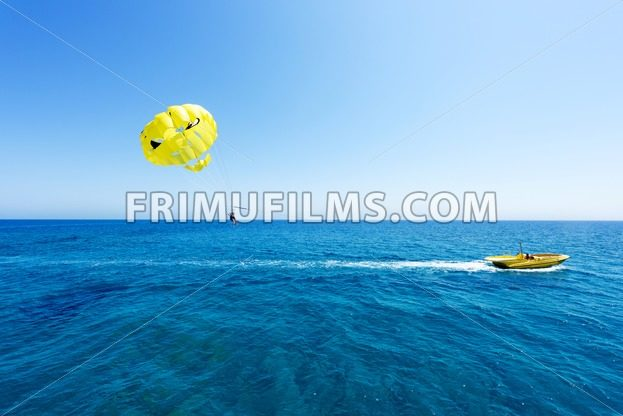 Photo of sea in protaras, cyprus island with yellow - frimufilms.com