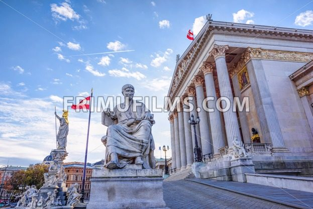 Roman statue at historic building of the austrian parliament in - frimufilms.com
